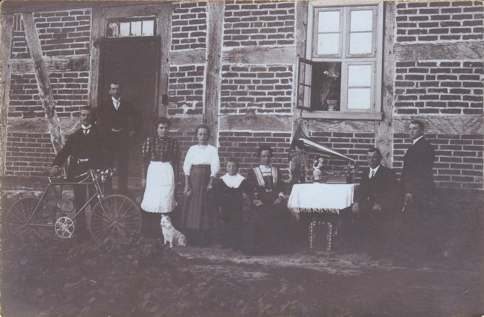 Gut Neuensund 1906