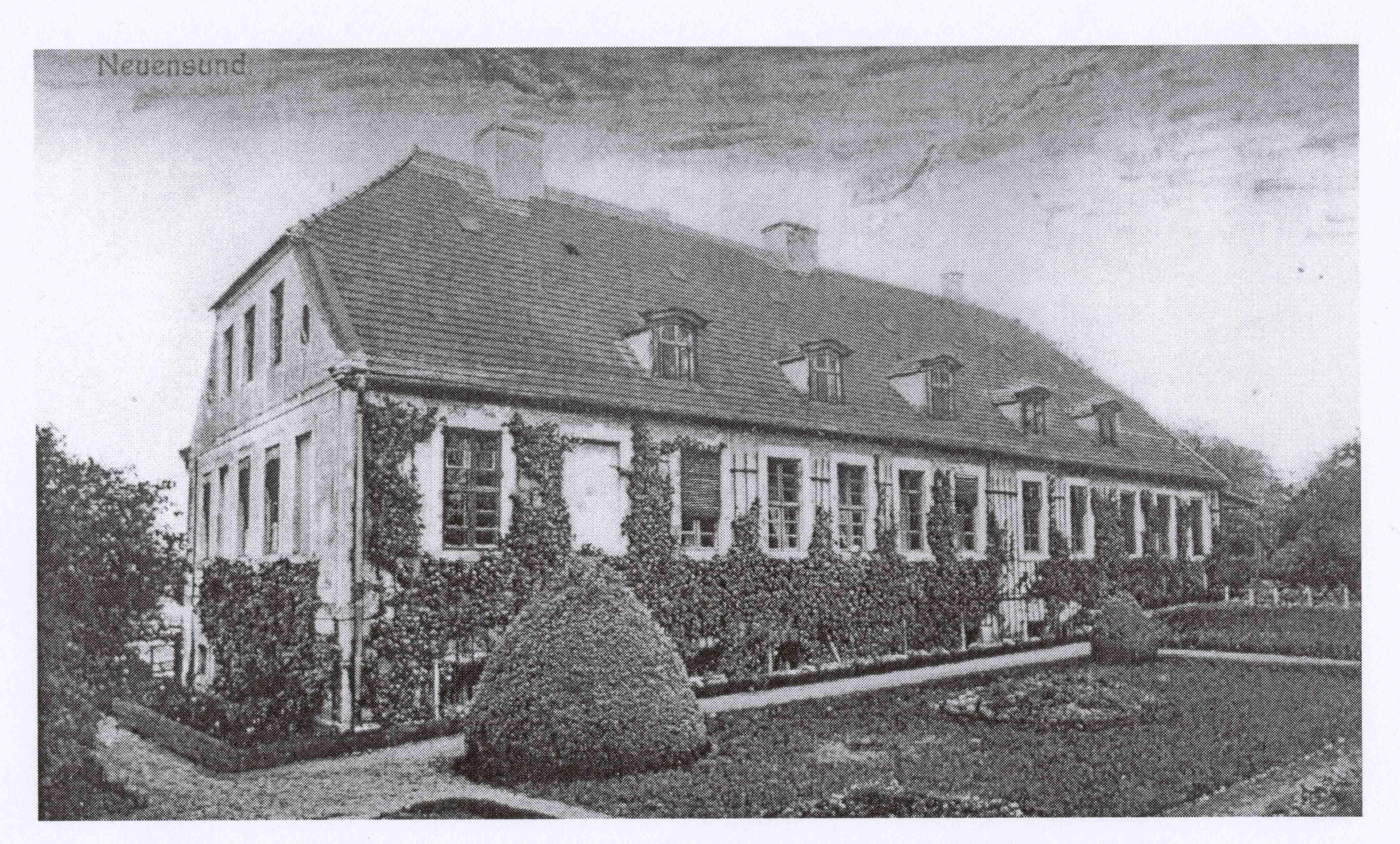Gut Neuensund Rückseite historisch